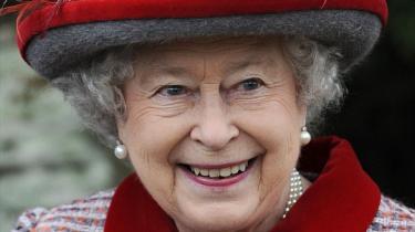 Dronning Elizabeth mener ikke, det er betimeligt at hædre de britiske finansfolk.