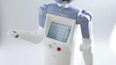 Servicerobotter, der tager sig af ældrepleje og børnepasning, er ikke fremtidsmusik - de er allerede udviklet. Men konsekvensen af at tage dem i brug kan blive stigende menneskelig isolation, advarer ekspert i kunstig intelligens