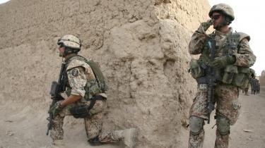 En EU-hær ikke være nogen garanti imod interventionen i Irak. Et er, at en tragisk sindsforstyrret tv-figur tror på EU som en modvægt til USA, men vi andre behøver ikke at gøre det samme. Arkiv
