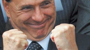 Italiens ministerpræsident Silvio Berlusconi vil reformere det italienske retsvæsen, som altid har været hans personlige mareridt, og han drømmer om at ende sin karriere som republikkens præsident. 'Alt, som vedrører politik og etik i en retsstat, er ham fremmed,' siger en af Italiens førende intellektuelle