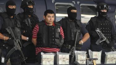 Jaime Gonzalez, også kaldet -Hummeren-, var med i et af de magtfulde mexicanske narkokarteller, men blev fanget på grænsen mellem USA og Mexico.