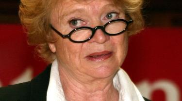 Eva Joly afslørede som forhørsdommer Elf-sagen, den største korruptionsskandale i Europa i nyere tid. Hun advarer mod Sarkozys forslag om at indskrænke dommernes magt.
