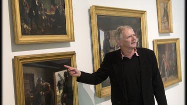 Museumsdirektør Jens Erik Sørensen kan i år fejre Århus Kunstmuseums - siden 2004 ARoS - 150 års jubilæum. Direktøren, der egentlig blev uddannet elektriker, kom til museet som inspektør i 1979 og har siddet i direktørstolen siden 1984.