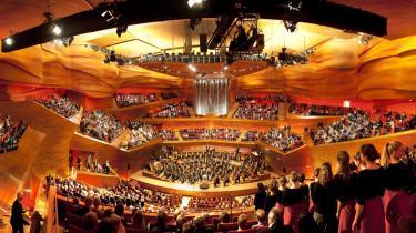 Koncerthusets Studie 1 er den største af husets fire sale - her under fredagens prøver. Lørdag aften fyldtes salen af 1.800 gæster, og aftenen var én lang performance af virtuose numre, serveret overskudsagtigt af internationale stjernesolister.