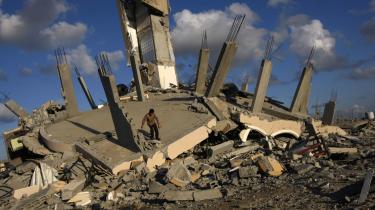 Efter de to parters gensidigt erklærede 'ensidige våbenhviler' er konflikten i Gaza tilbage til udgangspunktet 16. december sidste år