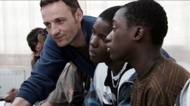 'Jeg ville ikke være stolt af at have lavet en film, der kunne sammenfattes i to sætninger,' siger den franske filminstruktør Laurent Cantet, som er aktuel med Guldpalme-vinderen 'Klassen'