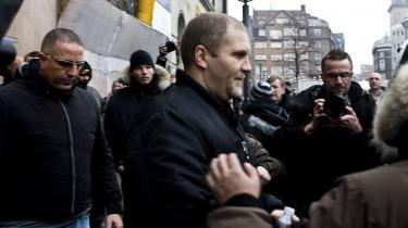 HA-rocker Jørn -Jønke- Nielsen blev fredag frikendt i Københavns Byret for farlig vold. Tre ud af seks nævningene mente, at han forsvarede sig selv, da han den 27. december 2007 stak en 23-årig mand.