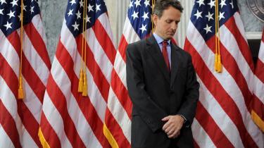 -Et finanssystem bør tjene som katalysator for en genrejsning af økonomien. I stedet modarbejder banksektoren lige nu en genrejsning, og det er en farlig dynamik, som vi bliver nødt til at ændre på,- sagde den amerikanske finansminister, Timothy Geithner, i går.