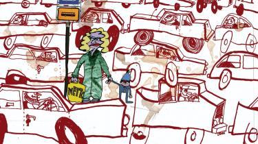 Mænd foretrækker at pendle i bil, hvilket nok så meget trafikforlig næppe ændrer ved, siger trafikforsker. Hun mener, at tidsspildet i trafikken ikke kan begrænses, før politikerne sætter den samlede families transport på dagsordenen, frem for at fokusere på familiens bilist