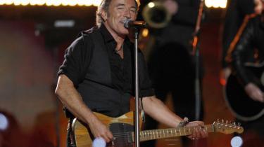Bruce Springsteen stod den 1. februar for halvlegsshowet ved Super Bowl. Faktisk har han i den seneste tid fyldt så meget som nogensinde - så meget at han er ved at udvikle sig fra musiker til en trosretning.