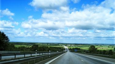 Der skal være mod til at droppe planlagte trafikpolitiske investeringer, så man ikke spilder penge på f.eks. flere unødvendige motorveje.