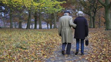 Langt de fleste ønsker blot forudsigelige og ordentlige boligforhold til en rimelig pris og en sikret alderdom, hvorfor pensions- og boligformuen bør frigøres fra finanskapitalen og underlægges offentlig kontrol.