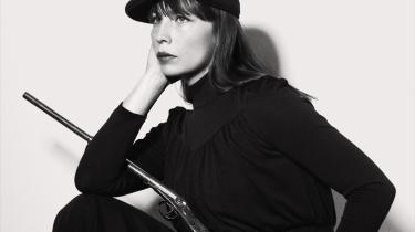 Det føles som om mit nye album har været undervejs i hele mit liv, men jeg kunne ikke have lavet det tidligere, siger Jenny Wilson om sit nye album »Hardship!- Nogle gange skal man bare opspare en masse følelser, ideer og ord.