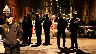 Politiet får mulighed for at efterforske mere effektivt, og det bliver lettere at varetægts-fængsle bandemedlemmer i våbensager.