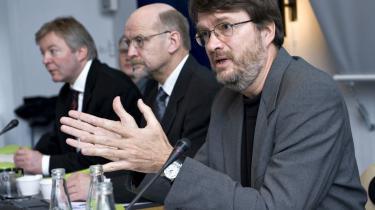 De økonomiske vismænd retter en hård kritik mod den -grønne- del af regeringens skattereform. Fra højre overvismand Peter Birch Sørensen, Eirik Schrøder Amundsen og Michael Dithmer.