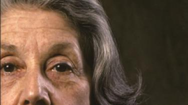 Nadine Gordimer går til spændende litterære yderligheder i sin seneste samling af fortællinger