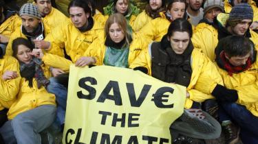 I december udskød EU at give besked om klimabistand til u-lande indtil dagens EU-topmøde. På mødet ventes EU-lederne imidlertid at udskyde igen - nu til slutningen af juni