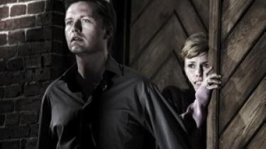 Nordisk Films biografer har ikke plads til Ole Bornedals  'Fri os fra det onde'. Distributøren raser, men vi kan bare ikke den dato, svarer Nordisk Film