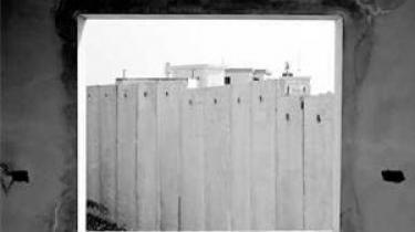 Beskrivelsen palæstinensere som ofre for Israel vanskeliggør et nødvendigt kritisk blik på deres lederes svigt, skriver historikeren Rashid Khalidi