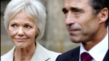 Efter halvandet år som velfærdsminister siger Karen Jespersen stop, og det glæder oppositionen.