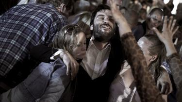 Provinslir. Danske film, senest med Ole Bornedals -Fri os fra det Onde-, er rykket markant til udkantsdanmark. Det er langt væk fra urbane sikkerhedsforanstaltninger og sundhedspædagogik, at dansk film finder vildt liv og drama.