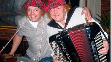Selv om Lindy og Peter Aldahl i efteråret lå nummer et på dansktop-hitlisten i 15 uger i træk, er de aldrig blevet spillet på DR.