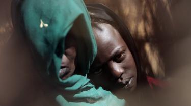 Mens FN-s Menneskerettighedsråd har vedtaget ni Israel-kritiske resolutioner siden sin oprettelse i 2006, har rådet kun kun udtrykt -bekymring- over overgrebene mod civilbefolkningen i Sudans Darfur-provins.