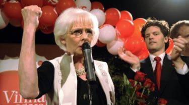 Jóhanna Sigurdardóttirs socialdemokratiske parti vandt en overbevisende sejr ved det islandske valg. Nu står hun over for et kæmpemæssigt oprydningsarbejde efter den voldsomme økonomiske krise i Island.