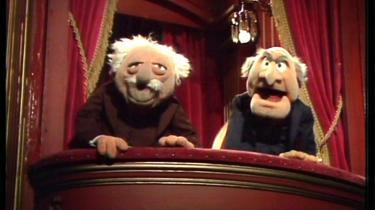 De to brokkehoveder oppe på balkonen i Muppetshow, som hedder Statler og Waldorf, er blevet kopieret af bl.a. EkstraBladets bagside, hvor et panel af sure gamle mænd brokker sig over verden.