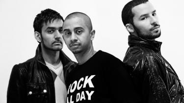 Outlandish-s fjerde album er i dag i butikkerne, men ifølge anmelderen mangler -Sound of a Rebel- en stor del af de skæve (verdens)musikalske indfald, der har kendetegnet gruppens tre foregående udgivelser.