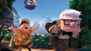 Den gamle sure Carl får en idé, og snart er hans hus i luften takket være utallige heliumfyldte balloner og han taget på opdagelse til Sydamerika med en blind passager ombord, drengen Russell. Det umage par rejser afsted sammen og møder sjældne fugle, talende hunde og e beundret opdagelsesrejsende.