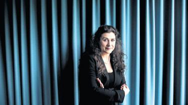 Der er ingen som Cecilia Bartoli. Den italienske sangerinde satte alt i bevægelse i Tivolis koncertsal: hænder, fødder, stemmebånd og hjerter