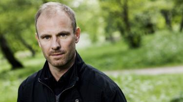 Per Scheel-Krüger har instrueret 'Evil Living'- en tragikomisk ordløs kærlighedshistorie - på Kaleidoskop