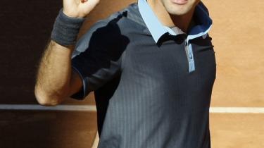 Jeg er her. Roger Federer triumferer efter sejren over Rafael Nadal i Madrid sidste weekend.