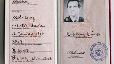 Siden Karl-Heinz Kurras- navn blev fundet på Stasis lønningsliste, har hele Tyskland kredset om muligheden for, at drabet på studenten Benny Ohnesorg skulle have været en bestillingsopgave fra Kurras- overordnede i Ministeriet for Statssikkerhed. Men det er det dog intet, der tyder på.