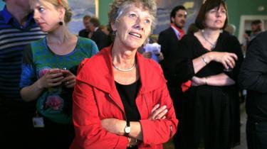 SF-s spidskandidat Margrete Auken glædede sig i aftes over et godt valgresultat for sit parti.