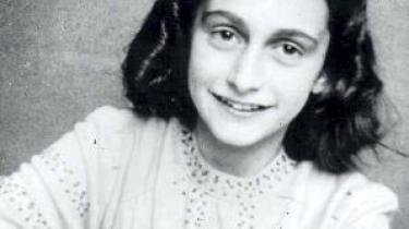 I morgen markeres 80-års-dagen for Anne Franks fødsel. Hendes dagbog fra Anden Verdenskrig er blevet et vigtigt dokument om Holocaust, som forhåbentlig bidrager til at gøre menneskene klogere og mindre ondskabsfulde over for hinanden