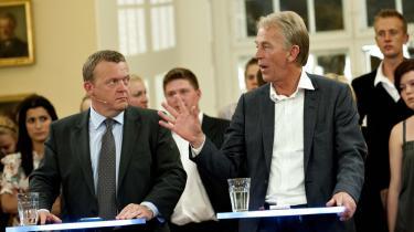 Kontrovers. Villy Søvndal (SF) fik Statsminister Lars Løkke (V) og Pia Kjærsgaard (DF) på nakken, da han i partilederdebatten under søndagens Europaparlamentsvalg henviste til en meningsmåling, der tegnede et folketingsflertal for rød stue. Det er arrogant at tale om, hvad danskerne vil, før der har været folketingsvalg, lød det fra Løkke, og Pia K. mente, Villy måtte have læst tallene forkert. Medierne oversvømmes af målinger om det ene og det andet - så sandsynligheden for, at de tre partiledere har læst hver sin, er stor.