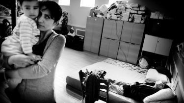 Uenigheden i Socialdemokratiet går på de omkring 265 afviste irakiske asylansøgere, der står til tvangsudvisning fra Danmark. Flere medlemmer af folketingsgruppen er særlig bekymrede for børnefamilierne.  Vi skal turde bruge den menneskelighed, der allerede er i loven,  siger Orla Hav.
