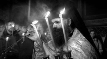 I et nyt  tyrkisk tv-show skal en imam, en rabbiner, en buddhistmunk, og en græsk-ortodoks præst (foto) dyste om ateisters gunst.