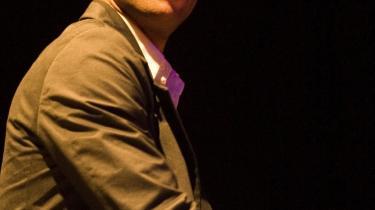 Roberto Fonseca viste improvisatorisk begavelse af format og en utrolig spændstighed i alle facetter af spillet ved koncerten i Haveselskabets Have onsdag.