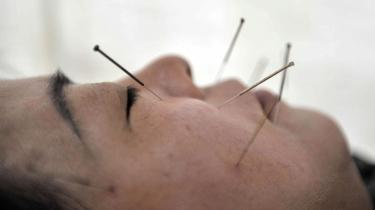 Der er næsten ingen grænser for, hvad man kan få kvinder til. En skønhedsklinik i New York tilbyder dyre ansigtsbehandlinger med en norsk rynkecreme udviklet på sædceller