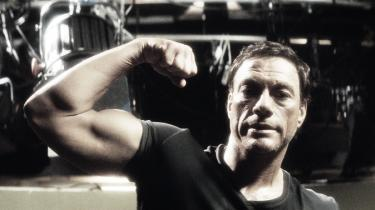 Det filmiske overraskelsesangreb 'JCVD' viser Belgiens øretæveuddeler Jean-Claude Van Damme, som du med garanti aldrig har set ham før – nemlig som skuespiller