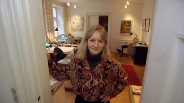 Politik. Line Barfod er 45 år og har siddet i Folketinget siden 2001. Allerede i 1998 fik hun dog en smagsprøve på livet på Christiansborg, da hun havde et par måneder som midlertidigt medlem af Folketinget. Men nu er det slut, Line Barfod træder ud efter næste valg.