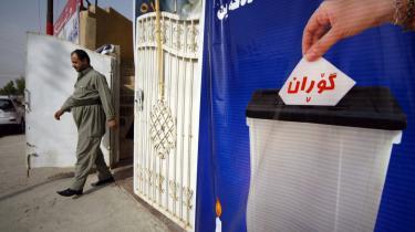 Partiet Gordan (forandring) udfordrer de to partier, Kurdistans Patriotiske Union og Kurdistans Demokratiske Parti, der hidtil har haft monopol på magten i det irakiske Kurdistan ved valget i regionen i dag. Og deres protester mod korruption, nepotisme og den manglende afklaring omkring Kirkuk, vækker øjensynlig begejstring hos mange menige kurdere.