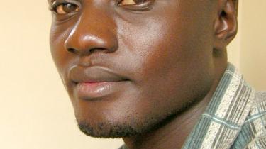 Businge Conan Daniel er 25 år og journalist på avisen New Vision Daily i Kampala, Uganda. Hans største forbilleder er Barack Obama og Nelson Mandela, fordi de trods alle odds har opnået store resultater