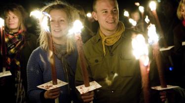 Fakkeloptog. Under skyderierne på Nørrebro var der mange mennesker, der organiserede sig i grupper på Facebook imod volden, men der var vel kun 300 mennesker, der dukkede op til et fakkeloptog imod den tiltagende vold i gaderne