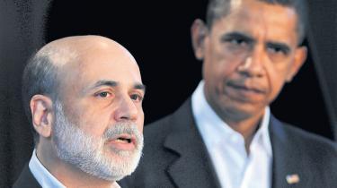 Præsident Obama mener, at han kan tænke 'ud af boksen'.  Andre mener, at genudnævnelsen af Ben Bernanke som USA's nationalbankdirektør varsler mere af det samme
