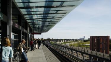 Københavns metro kan blive dyrere for hovedstaden. Det afgørende regnestykke er brast, og københavnerne har i sommer været i kommunekassen og fundet hele 858 millioner til det økonomisk hårdt prøvede offentlige selskab By&Havn, hvor metrogælden bor.
