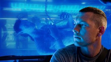 De 16,5 minutter, der er blevet vist af James Camerons meget hypede 3D-scifi-drama 'Avatar', lægger en lille dæmper på forventningerne, men lover også en usædvanlig oplevelse